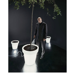 Andre Kuipers (Seeds in Space experiment) editorial for Mercedes Magazine. 4x5 inch film.