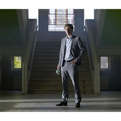 Frank van Min (Wolf Huisvestingsgroep) editorial for Quote Magazine.